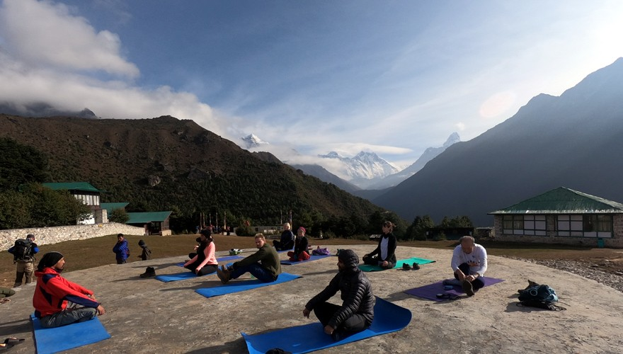 15 days short everest yoga trek