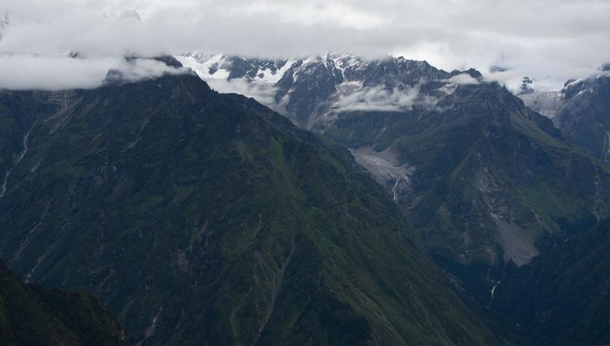 5 lakes panch pokhari trek