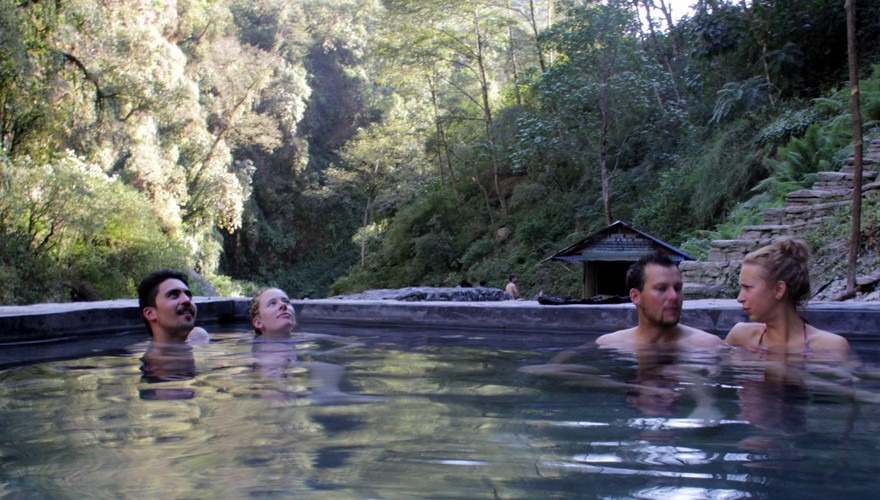 annapurna base camp trek hot spring