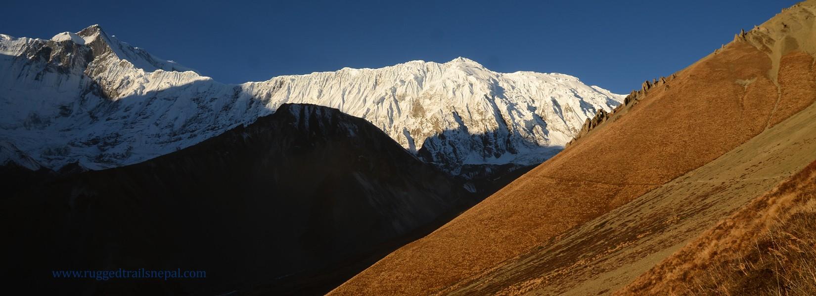 annapurna mountain view trek nepal