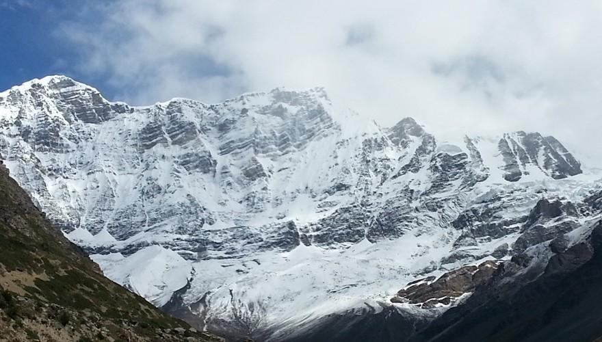 chulu far east peak climbing nepal