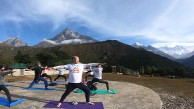 everest yoga trek 18 days