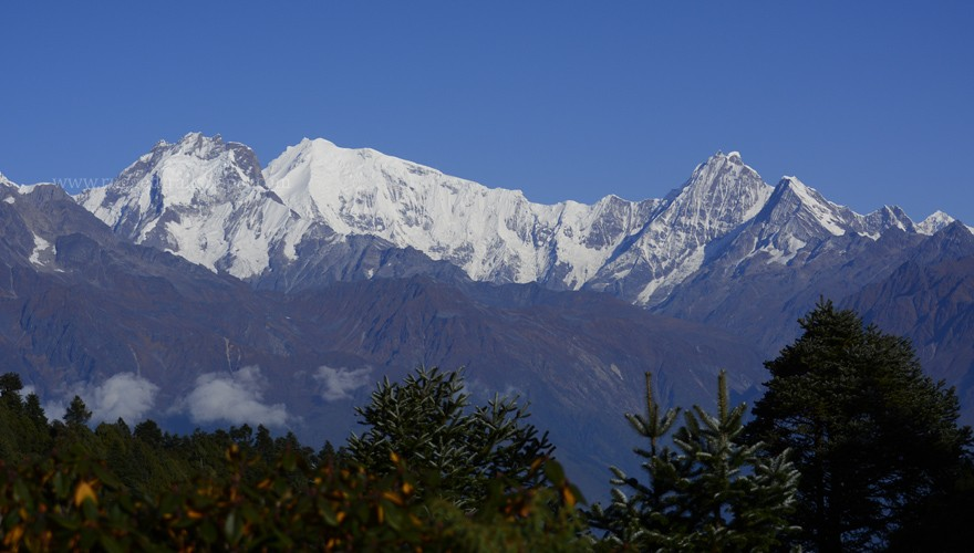 langtang mountain ranges view trek