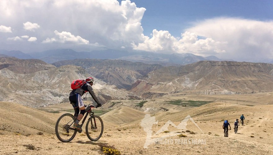 nepal biking trip to upper mustang