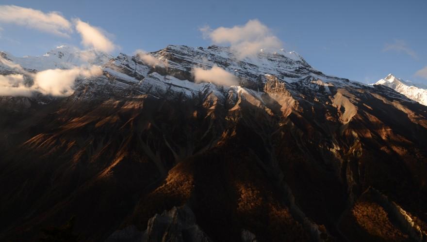 nepal peak climbing pisang peak