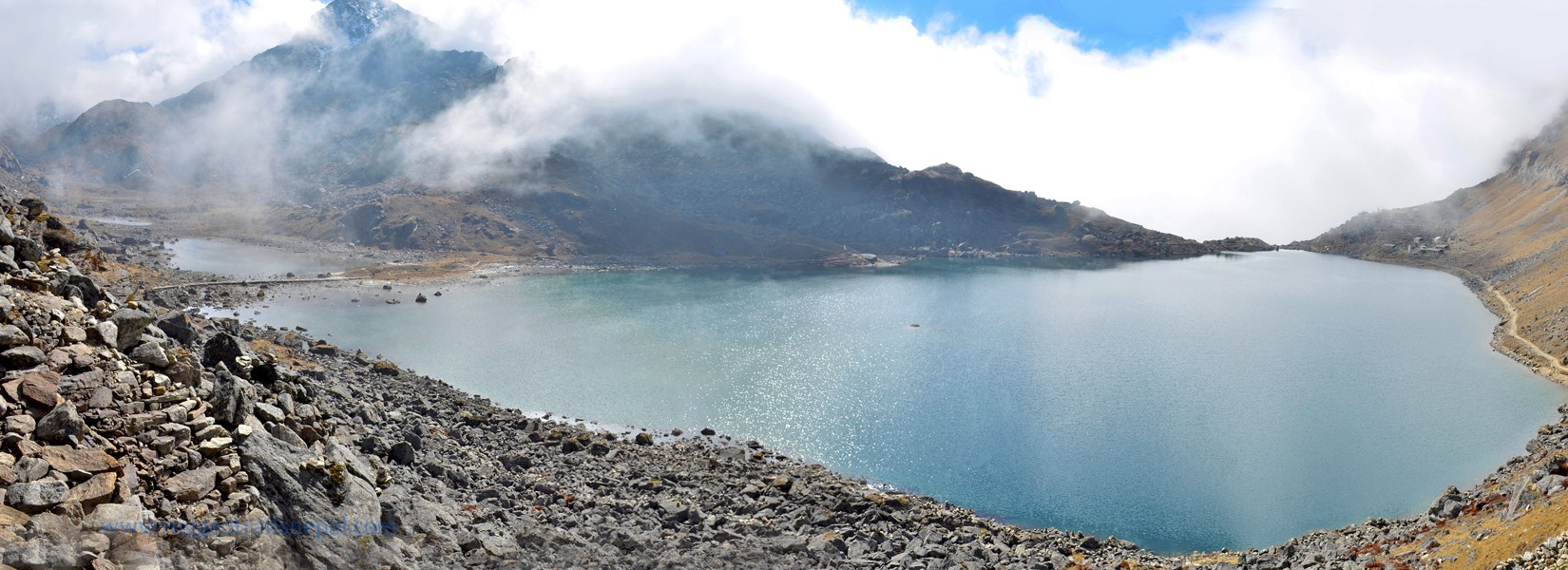 nepal trek route langtang