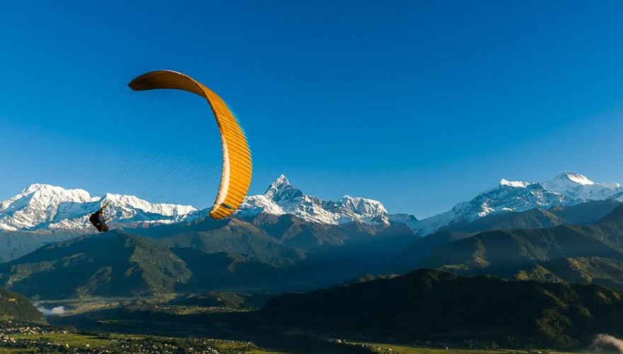 Paragliding in Nepal in Pokhara