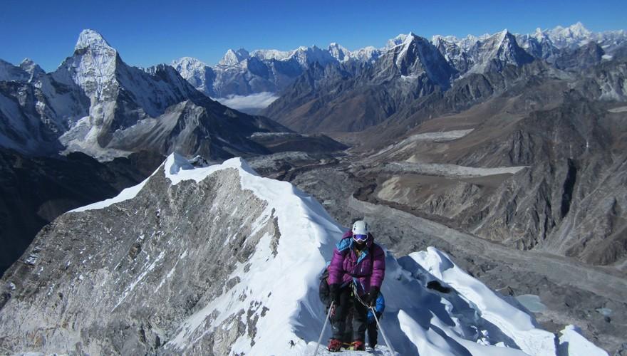 peak climbing nepal island peak