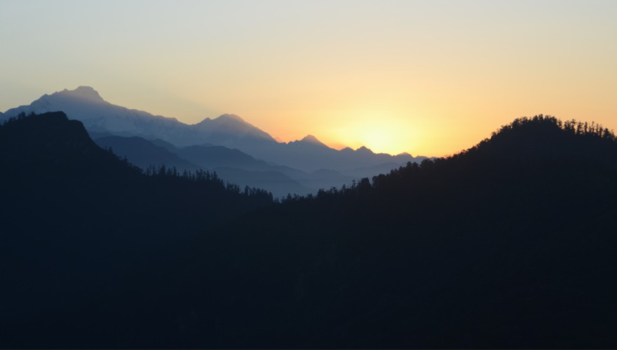 poon hill sunrise trek pokhara